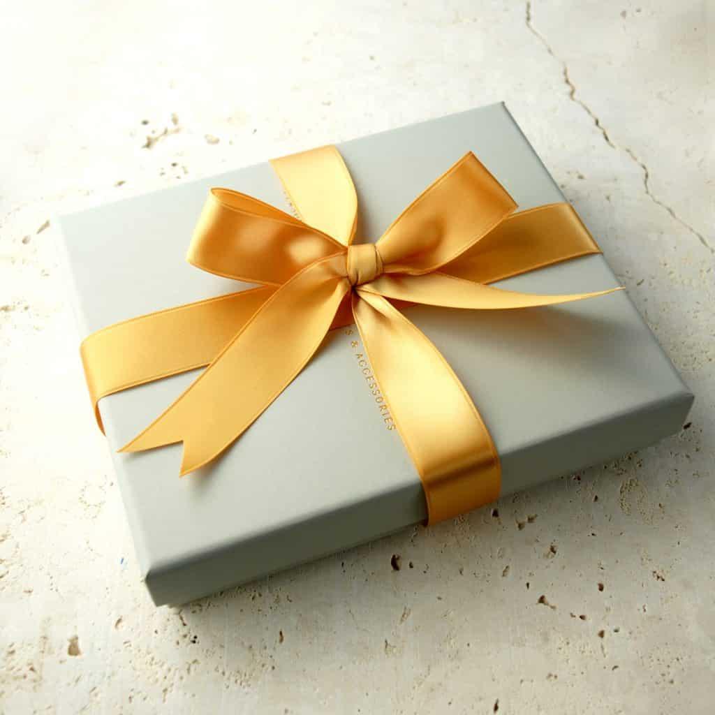Personalised-Wedding-Gift-Box